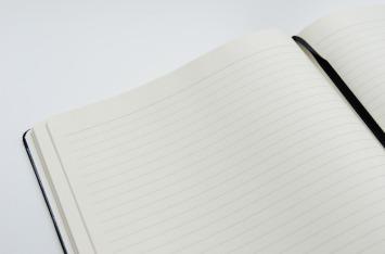 notebook-2337556_1280
